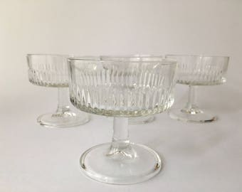 4 Vintage Glass Cups