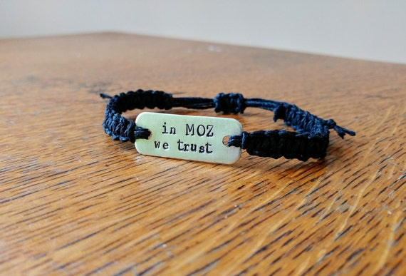 The Smiths Morrissey 'in Moz we trust' stamped bracelet // macrame hemp bracelet