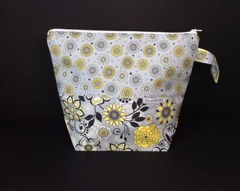 Mellow Grellow Project Bag Medium 1-2 Skein size