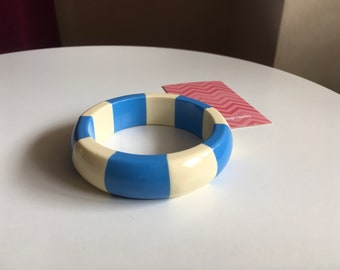 Vintage Candy Stripe Baby Blue and White Chunky Bangle Bracelet