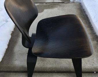 Vintage Eames LCW Chair Herman Miller Lounge Chair Wooden Legs Ebonized SALE