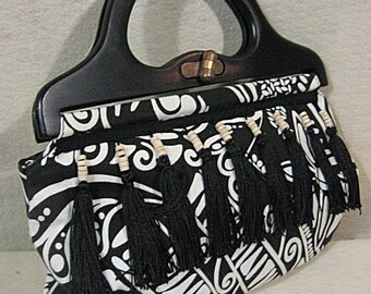 Black Fringed Clutch, Black Fringed Bag, Black Fringed Purse, Geometric Purse, Geometric Bag, Embellished Purse, Tribal Purse, Beaded Bag