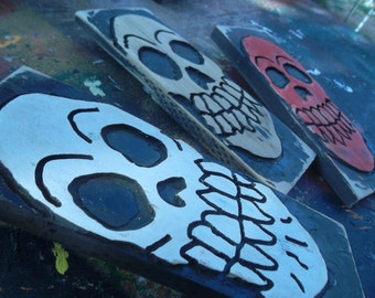 more wooden Skull signs