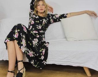 Pretty Floral Summer Dress