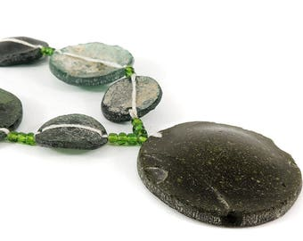 Ancient Roman Glass Bowl Fragments Beads 117955