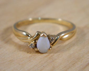 Gold Opal Ring, 14k Opal and Diamond Ring, Vintage Yellow Gold White Opal Solitaire Diamond Ring, Australian Opal Ring, Engagement Ring Sz 8