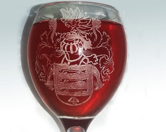 Family Crest,Name on glass, Name on glasses, Crest family, Coat of arms, Family  glass,Engraved glass,engraved glasses,engraved glassware
