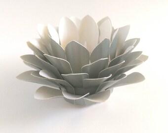 Paper Lotus Lantern -Metallic Pale Green-