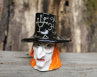Witch sculpture, Witch ceramic Candle holder, Sculptural black candlestick,spooky Candle holder, Halloween decor,creepy candlestick