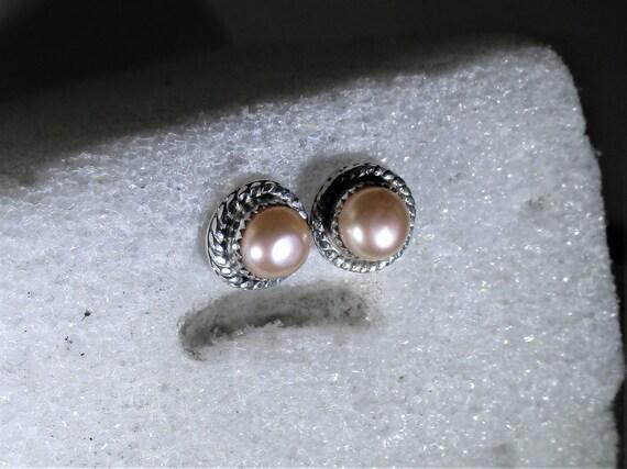 genuine freshwater cultured pink pearls handmade sterling silver post stud earrings