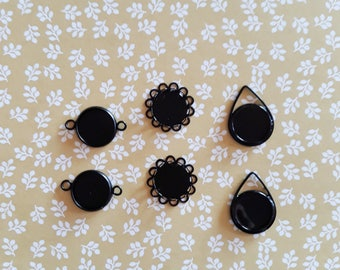 Set of 6 black cabochons supports
