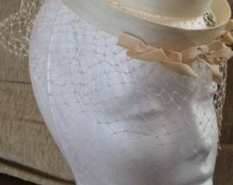 1930s-40s fascinator with veil
