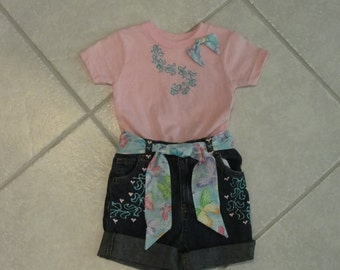 Summer Glitter! Size 24m.Painted t-shirt and matching blue jean shorts,girls shorts,jean shorts,toddler shorts,toddler short set,shorts