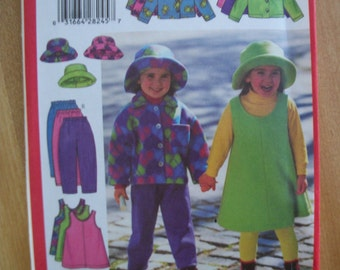 Butterick 5717 Children/Girl size 2,3,4,5 very easy jacket, jumper, skirt pants and hat