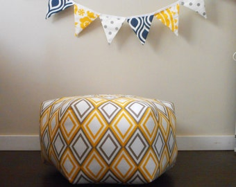 Ottoman Floor pouf / Moroccan Pillow / Floor Cushion / Bohemian Home Decor / Large Pouf / Geometric Fabric