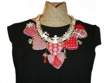CHRISTMAS SPECIAL TEXTILE NECKLACE RED AND WHITE