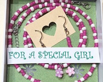 Girls 3 piece Jewelry set, Girls Pink Necklace set, Girls Bracelets, Girls Seed Bead Necklace, Girls Jewelry set, Girls 4-12 Jewelry