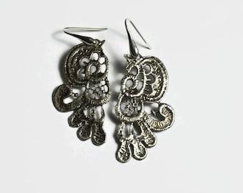 sterling silver lace earrings - wedding earrings - long earrings, bold silver earrings, vintage earrings, floral earrings
