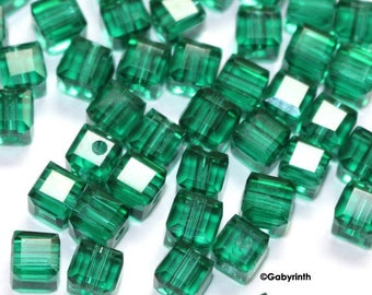Crystal beads 5mm - emerald green Cubes