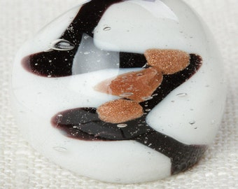 Black and White Glass Vintage Ring Copper Abstract Chunky Mod US Womens Size 6.5 7I