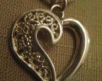 925 STERLING SILVER Pendant Necklace Open Work Filigree Heart Pendant Charm .925 Sterling Silver Twisted Rope Chain Necklace Signed Korea