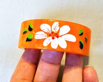 Tangerine Orange Bakelite Hand Painted Cuff Bracelet Swirled Orange Peel Bakelite