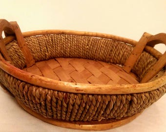 Woven vintage basket - wooden basket - vintage basket - centerpiece basket - basket - vintage wooden basket - unique basket - display basket