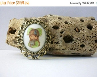 ON SALE Vintage Gold Tone Raised Painted Cameo Of Little Girl Pin Pendant 42018