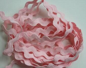 "1/2"" Light Pink Polyester Rick Rack Trim"