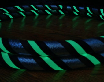 The 'KiDDO GLoW in The DaRK' Hoop - Child's Size GLOW in The DARK Travel Hula Hoop - Choose YOUR CHiLD'S Favorite Colors.