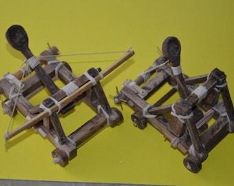 Handmade WORKING mini desktop catapults set!