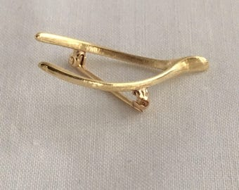 Lucky 14K Gold Wishbone Brooch Vintage Lapel Pin 585 Yellow Gold