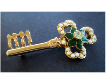 SHAMROCK KEY Pin/ Brooch * Irish Clover * Enamel * Rhinestone * Beads * Irish Gift