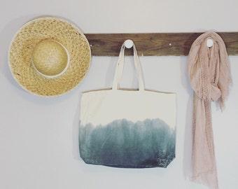 Ombre beach bag steel blue. Dip dye tote in grey blue.