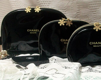 Couture Beaute Cosmetic Case Set of 3 Designer Snowflake Dome Makeup