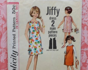 Vintage Girls Dress Sewing Pattern Simplicity 5467 Size 8
