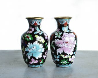Set of Vintage Cloisonne Vases  / Asian Cottage Country French English Traditional and Exotic Decor