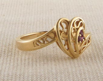 Vintage Gold Heart Ring with Garnets, Yellow Gold Heart Swirl Ring