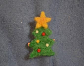 Handmade Needle Felted 5 cm Christmas Tree Brooch