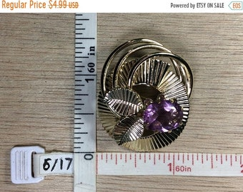 10%OFF3DAYSALE Vintage Gold Toned Purple Stone Pin Brooch Used
