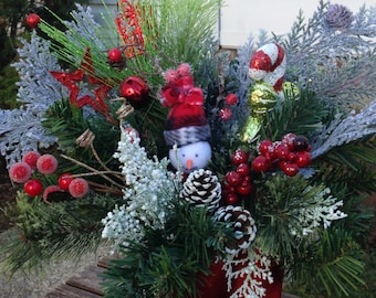 Christmas snowman centerpiece /    Christmas hostess gift
