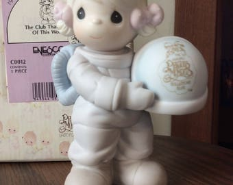 Vintage Enesco / 1991 PRECIOUS MOMENTS COLLECTION / The Club Thats Out Of This World  / Figurine