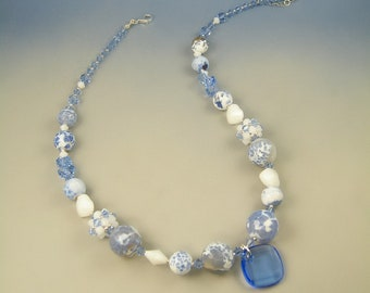 Nubi, crashed agate and Swarovski necklace