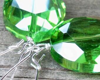 Green Earrings Large Green Earrings Green Gift For Her Green Jewel Earrings Long Green Earrings Faceted Green Earrings Elegant Green Earring