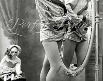 ANTIQUE FRENCH Pin Up - Woman Beautiful Legs, Home Decor, Vintage Photograph, Wall Art, Vintage Postcard Photography, Paris, Pinup - 905