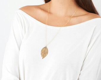 Gold Long Necklace, Gold Leaf Necklace, Filigree leaf, Gold leaf pendant, Fashion jewelry, Delicate necklace, Birthday gifts, Gold necklace