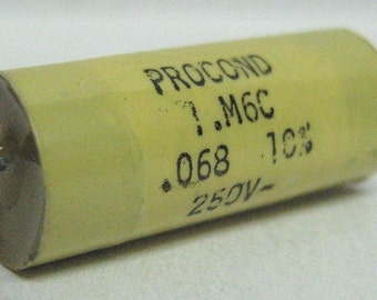 Capacitor 68nF 10% 250V, polyester
