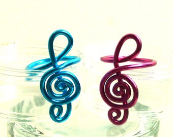 Wire Jewelry, Wire Ring, Treble Clef, Aluminum, CHOOSE YOUR COLOR, Unique Jewelry by thecuriouscupcake on Etsy