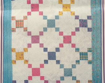 Kitty in the Corner Baby Crib Quilt - Toddler Lap Blanket - Baby Shower  Gift