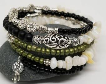 Bohemian Summer bracelet/ tribal jewelry/ beaded bracelet/ wrap bracelet/ hippie style bracelet/ memory wire bracelet/ gift for her